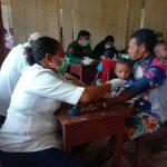 Ratusan Warga Natabui Serbu Pengobatan Massal TMMD 108 Kodim 1709/Yawa