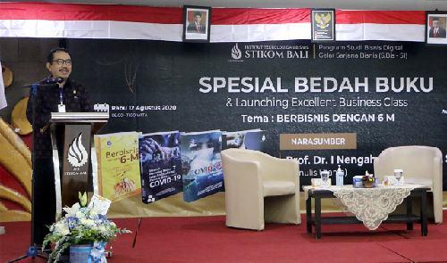 "Apresiasi Terobosan ITB STIKOM Bali, Wagub Cok Ace: ""Ketika kampus lain belum, STIKOM Bali sudah berpikir jauh"""