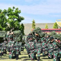 """Periksa Kesiapan Operasi Satgas Pamrahwan Papua Yonif Raider 500/Sikatan, Kasum TNI: """"Jangan mudah terprovokasi"""""""