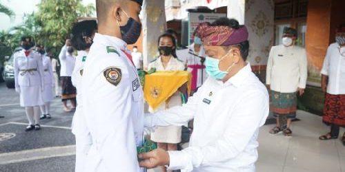 Sebanyak 29 Anggota Paskibraka Denpasar Dibagi 2 saat Upacara Penaikan dan Penurunan Bendera