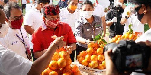 75 Paket Produk Pilihan UMKM dan 8 Kelompok Binaan BI Jualan di Pasar Gotong Royong Krama Bali