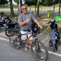 """10 Tips Bersepeda yang Aman, Togar Situmorang: """"Bersepeda sehat, kita selamat"""""""