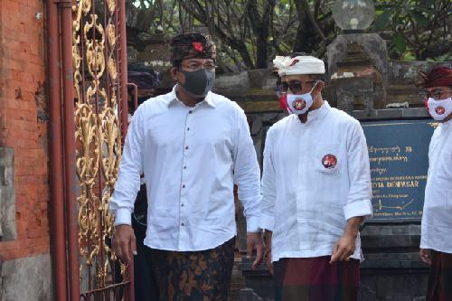 Paket Amerta Ajak Paket Jaya-Wibawa Sembahyang Bersama di Pura Jagatnatha, Kedepankan Spirit Menyame Braye