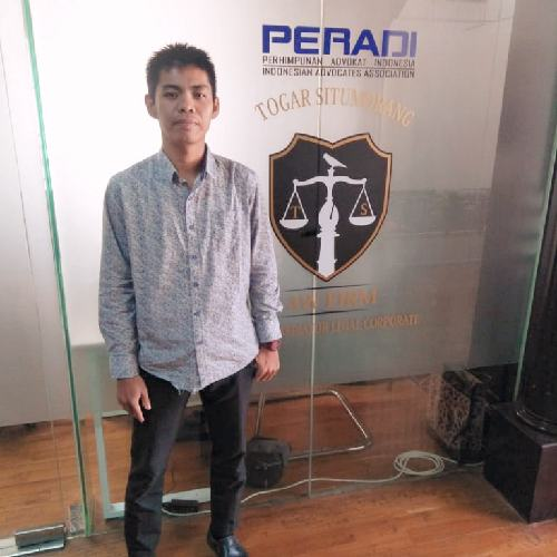 """Pilih Gabung di Law Firm Togar Situmorang, Romi: """"Saya ingin jadi advokat handal"""""""