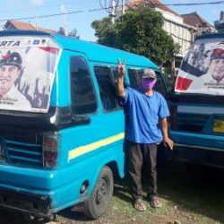 Sopir Angkot Tempelkan Stiker Paket Amerta, Bukti Masyarakat Denpasar Inginkan Pembaharuan