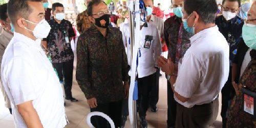 Kemenkes Serahkan 1.000 Alat Rapid Test untuk Penanganan Covid-19 di Bali