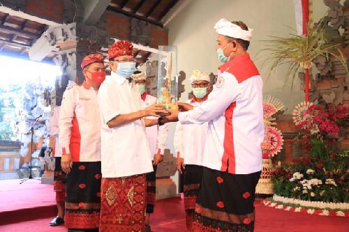 Kukuhkan Pengurus APBEDNAS Bali, Gubernur Koster Ingin Dana Desa Dikelola Lebih Fokus