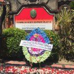 Kebebasan Berekspresi Dibungkam, Puluhan Simpatisan JRX Kirim Karangan Bunga ke PN Denpasar