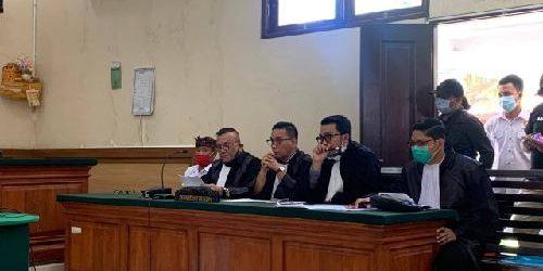 """Lewati Batu Kerikil Demi Tegaknya Supremasi Hukum, Togar Situmorang Komit Jaga """"Officium Nobile"""" Seorang Advokat"""