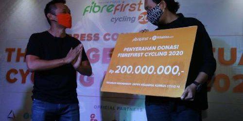FibreFirst Cycling 2020 Berakhir, Serahkan 200 Juta Total Donasi Bantu Keluarga Korban Covid-19