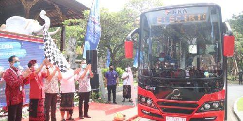 Bali Energi Bersih Kian Nyata, Gubernur Koster Luncurkan Uji Coba Angkutan Shuttle Bus Listrik