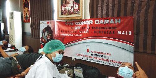 Donor Darah Perempuan Sarinah PDI Perjuangan, BerSatu Untuk Kemanusiaan Menuju Masyarakat Sehat Denpasar MAJU