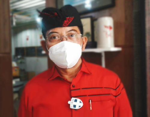 "Jaya-Wibawa Isi Masa Tenang dengan Sembahyang, Ketua Tim Kampanye: ""Mohon Pilwali berjalan aman dan sehat"""