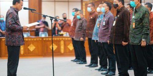 Sekda Provinsi Bali Kukuhkan TPAKD Kabupaten/Kota se-Bali
