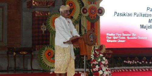 """Kukuhkan 45 Prajuru MDA Kabupaten/Kota Se-Bali, Bandesa Agung: """"Pade baret jaga desa adat"""""""