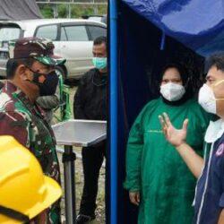 Di Mamuju Sulbar, Panglima TNI Serahkan 10.000 Paket Sembako dari Presiden Jokowi