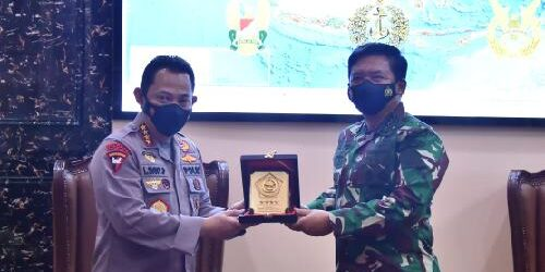 TNI-Polri Komitmen Tingkatkan Sinergitas dan Soliditas Jaga Kamtibmas