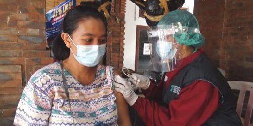35 Ribu Warga dan Pekerja Pariwisata di Sanur Mulai Divaksin, Target 2.000 Vaksinasi Tiap Hari