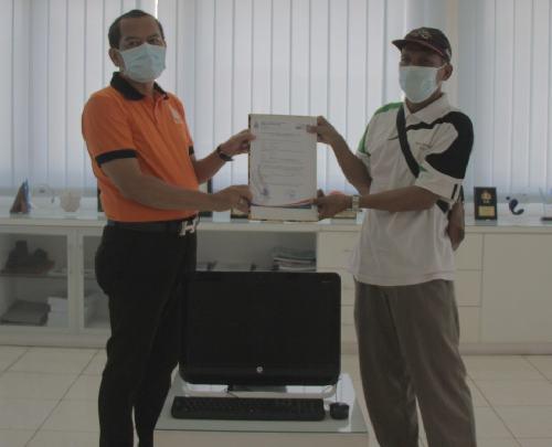 "ITB STIKOM Bali Bantu Tuna Netra Bali Seperangkat Komputer, Pertuni: ""Akan dipasang aplikasi khusus"""