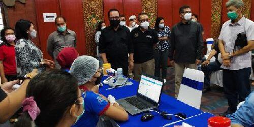Vaksinasi Covid-19 Bagi Kalangan Perbankan di Bali Hampir Tuntas, Dua Kabupaten Segera Menyusul