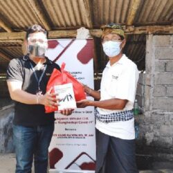 Sosialisasi Stimulus OJK Ditengah Pandemi Covid-19, Peradah-OJK-ARW Edukasi Masyarakat Door To Door di Kabupaten Gianyar