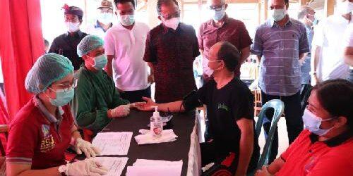 Gubernur Koster Sidak Vaksinasi di Dua Desa di Bangli