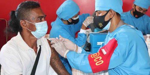 Bupati Buleleng Tinjau Vaksinasi Massal Polres Buleleng, Siapkan 1.000 Dosis Vaksin