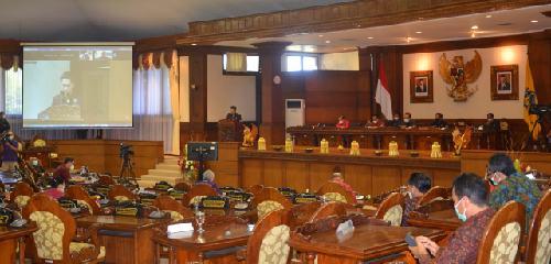 Lima Fraksi DPRD Bali Sampaikan Pandangan Umum Raperda Pertanggungjawaban APBD Semesta Berencana TA 2020