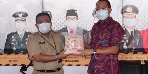 ASN Pemkab Buleleng Sumbang 2,3 Ton Beras, Didistribusikan kepada Warga Kurang Mampu