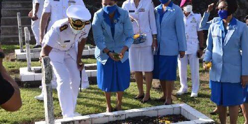 Peringati HUT ke-76 TNI AL, Danlanal Denpasar Pimpin Ziarah Tabur Bunga di TMP Pancaka Tirta