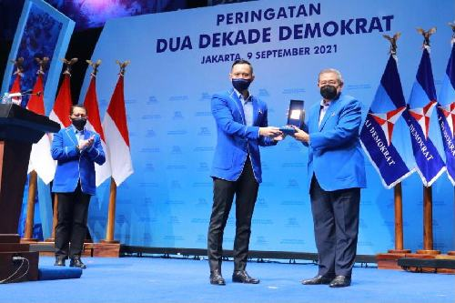 Konsisten Jaga Marwah Partai, Demokrat Anugrahkan 35 Pendiri dan Fungsionaris Senior