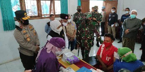 1.000 Dosis Vaksin Covid-19 Disebar di Kampus IAI Al Qolam Malang