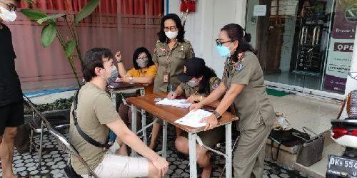 Tidak Pakai Masker, Tim Yustisi Denpasar Denda 3 Orang Pelanggar Prokes