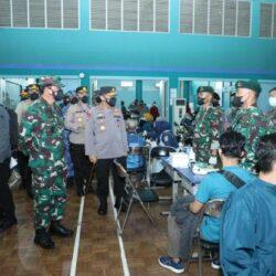 Serentak Seluruh Indonesia, Serbuan Vaksinasi Covid-19 Nusantara Akabri '98 Nawahasta Diapresiasi Panglima TNI