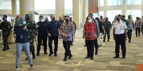 Panglima TNI dan Kapolri Cek Kesiapan Teknis dan Operasional Bandara Ngurah Rai Terima Penerbangan Internasional