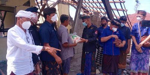 Garda Pemuda NasDem dan Baret Bawa Ribuan Kilogram Beras untuk Korban Gempa di Karangasem dan Bangli